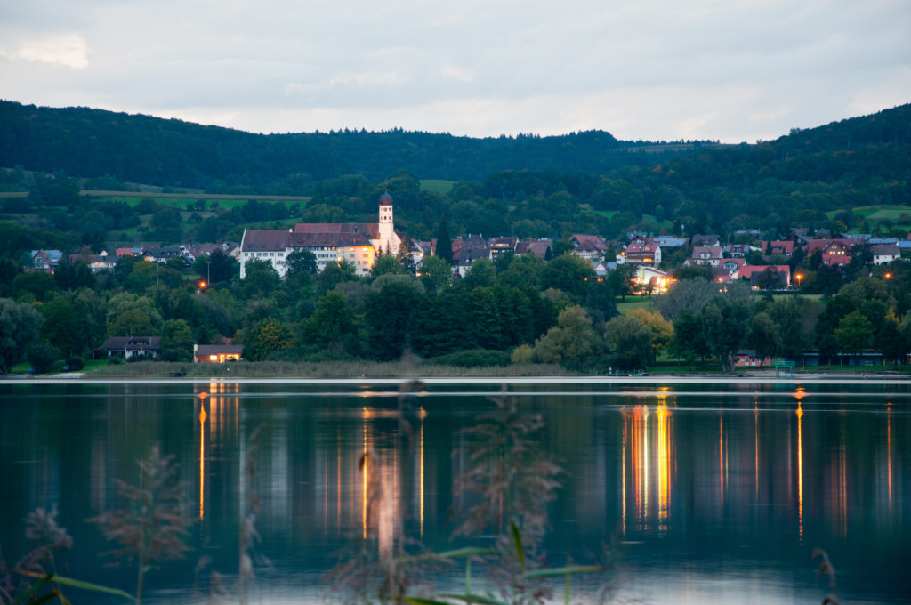 Europa, Lower Lake Constance, Region Bodensee, Untersee, _THEMES, abend, abenddämmerung, area of lake constance, blaue stunde, blue hour, cloud cover, clouds, daytimes, dusk, evening, hills, hügel, landscape, landschaft, natur, nature, reflection, spiegelung, tageszeiten, wolken, wolkendecke